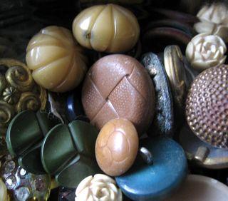 Bakelite buttons