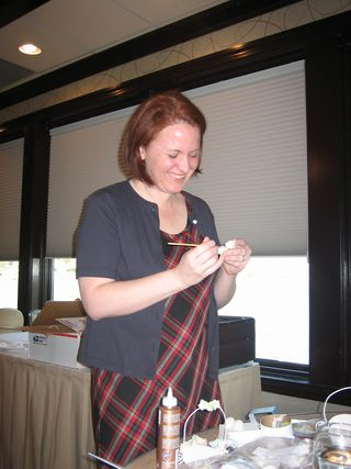 Jenny Hernandez teaching