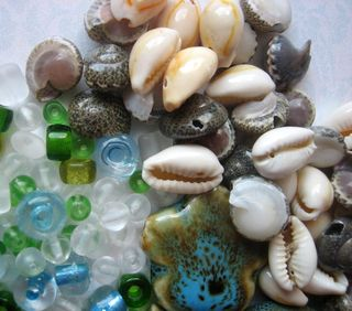 Beads from Lisa shells