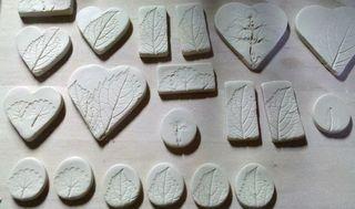 Leaf imprint beads