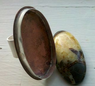 Unfinished ring and stone