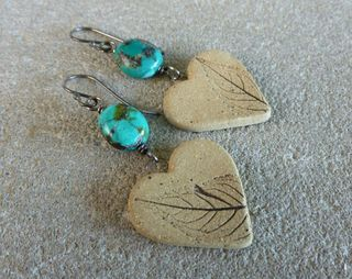 Turquoise and leaf heart earrings flat