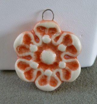 Sunset flower pendant