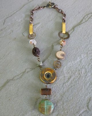 Steampunk necklace 2
