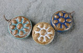 Nautical daisy bead trio 1