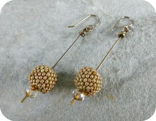 Beaded bead stick earrings 1