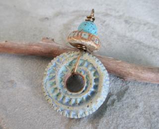 October COM 2014 pendant